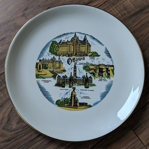 Antique Ottawa Canada 22k Gold Collector's Plate